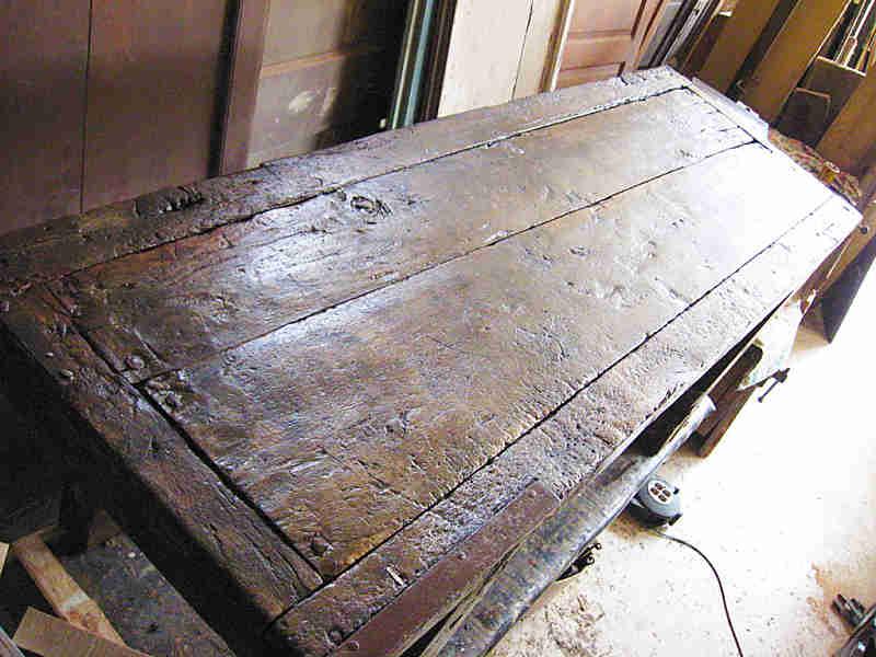 Tavoli Da Lavoro Vecchi : Banco da lavoro antico restaurato portantica