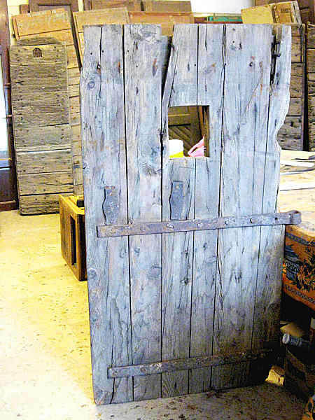 Porta di una cella(vista posteriore)