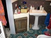7) L' Antina antica collocata per arredare il bagno