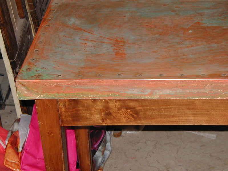 Dettaglio lamina e tavolinetto