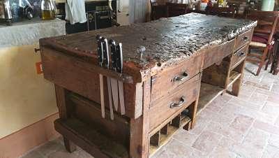 Banco antico da lavoro arredamento interni portantica - Banco da lavoro cucina ...