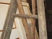 Dettaglio della scaletta antica