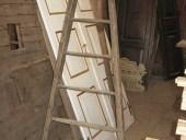 Antica scala fatta a mano vintage arredamento bagni
