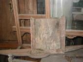L'altro stipo antico rustico prima del restauro.