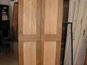 Porta antica laccata rustica allungata.