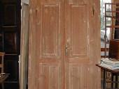 5)Vecchia porta a due battenti Liberty.