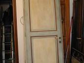 4)Porta laccata ed anticata