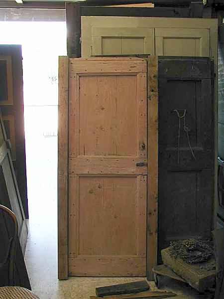 Come salvare una vecchia porta laccandola portantica - La vecchia porta ...