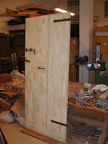 Porta vecchia laccata ed anticata portantica - La vecchia porta ...