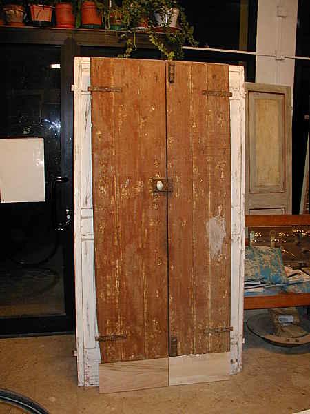 Vecchie porte restaurate laccate ed anticate portantica - La vecchia porta ...
