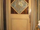 Altra porta antica laccata