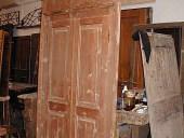 La porta Liberty prima di essere laccata e restaurata.