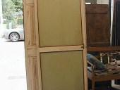 Porta antica laccata, restaurata