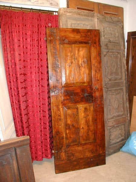 Porta antica rustica(vista posteriore)