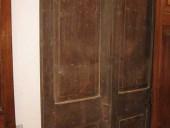 2)Vecchia Porta da restaurare, in abete.