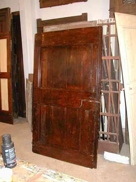 Vecchia porta di casa di campagna restaurata portantica - La vecchia porta ...