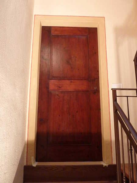 Porta impero restaurata e collocata.