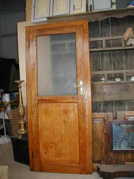 Vecchia porta della pianura padana restaurata portantica - Vecchie porte in legno ...