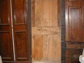 Vecchia porta allungata