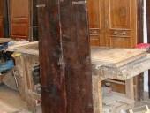 La porticina antica restaurata nella sua vista posteriore