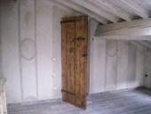 Le due porte antiche collocate nei relativi interni.