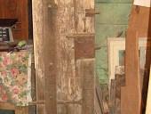 Piccola porta(portoncino) pedonale di grande portone antico