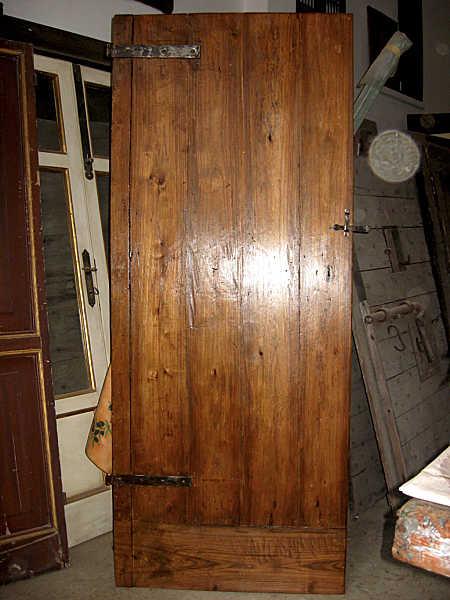 Porta vecchia rustica in olmo fatta a mano portantica for Porte interne antiche