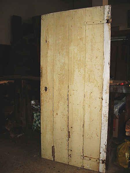 Porta vecchia rustica in olmo