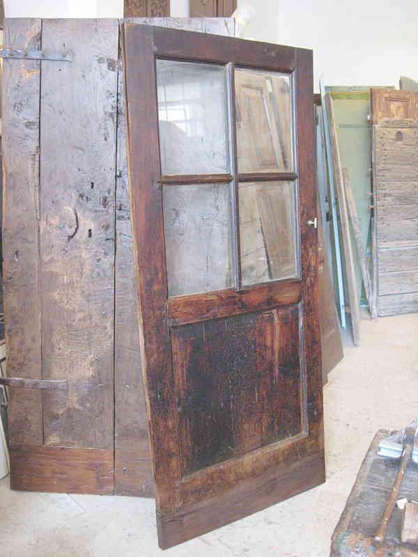 abbastanza Porta con vetri in noce nazionale antica | Portantica WA15