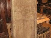 Porta antica modenese da restaurare