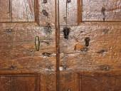 Dettaglio porta antica rustica