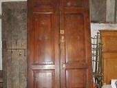 2)Portone vecchio in abete da restaurare.