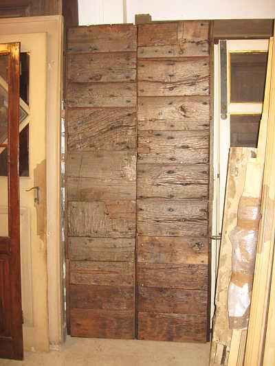7) Il portone antico toscano dopo il restauro