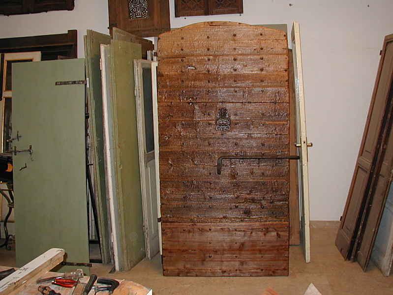 3) Altra vista del portoncino antico restaurato