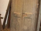 Portone antico laccato in colore grigio