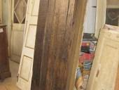 Il portoncino antico esterno restaurato