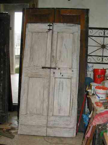 Un 39 antica porta trasformata in shabby naturale portantica - Porte shabby chic ...