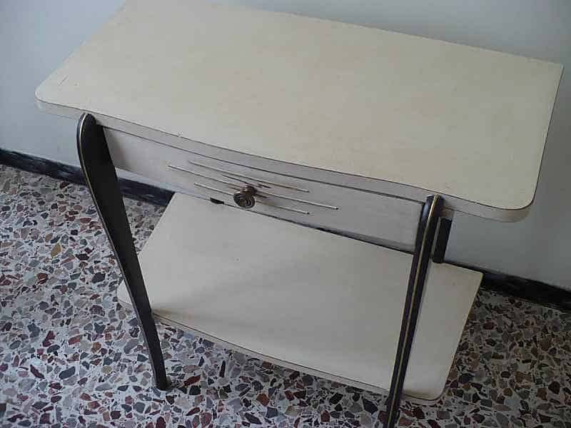 3) Mobiletto in Shabby Chic...