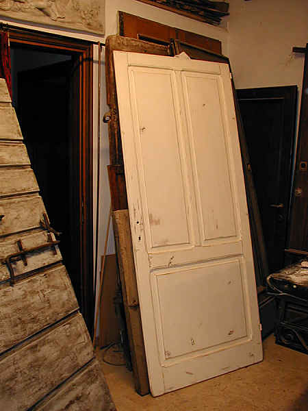 Vista interna porta in Shabby.