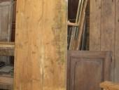 Vecchia porta da trasformare in shabby, durante il restauro