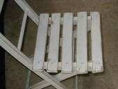 La sedia pieghevole in shabby naturale.
