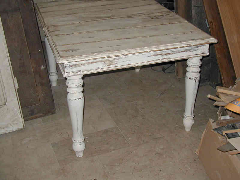 Tavolo Antico Bianco.Antico Tavolo In Noce Trasformato In Shabby Portantica